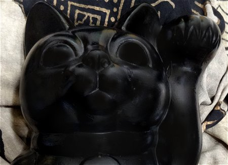 招き猫の塗替え