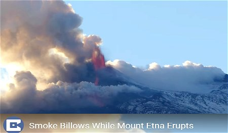 YouTube(Smoke Billows While Mount Etna Erupts)