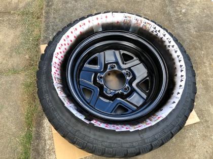 スペアタイヤ 塗装2