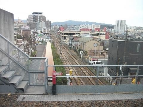 oth-train-486.jpg