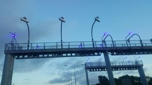 motorwaybluelight.jpg