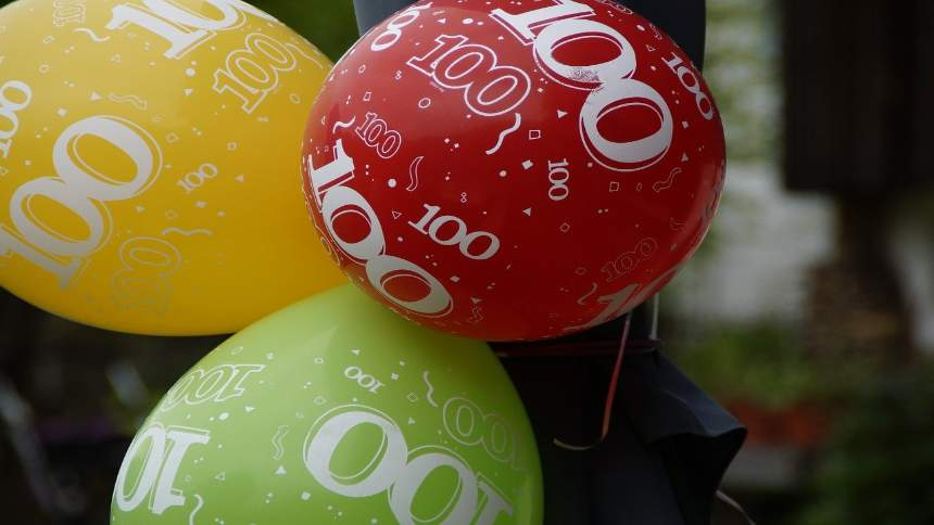 100-on-the-balloons