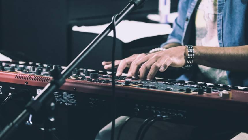 Keyboards-music