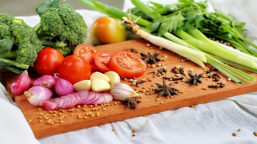 Vegetables-on-the-board