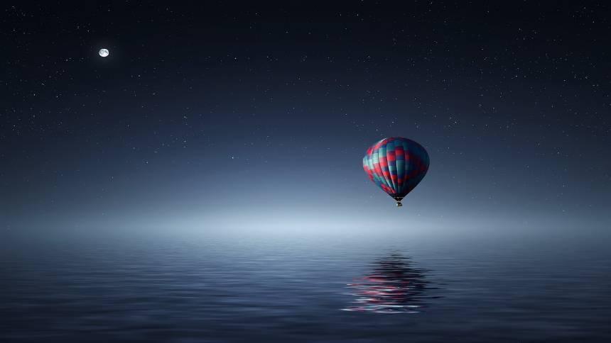 hot-air-balloon-at-night