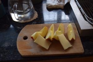 リンゴとチーズ