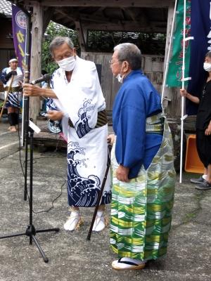 210724-21=2021年ONA祇園まつり棒踊り,岩川宏志オジ aONA温泉前