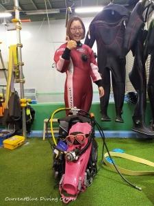 ダイビング器材の使い方,ドライスーツの使い方練習 (4)