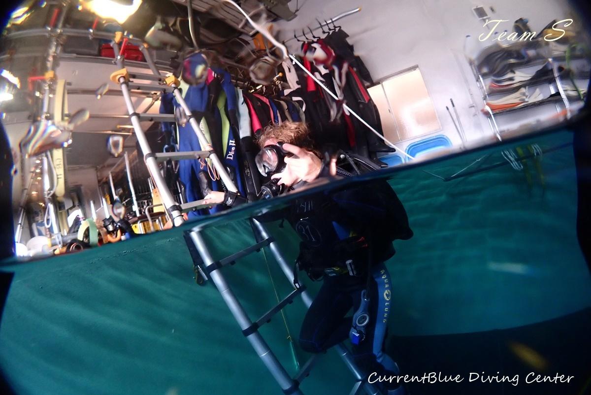 体験ダイビングプール (2)