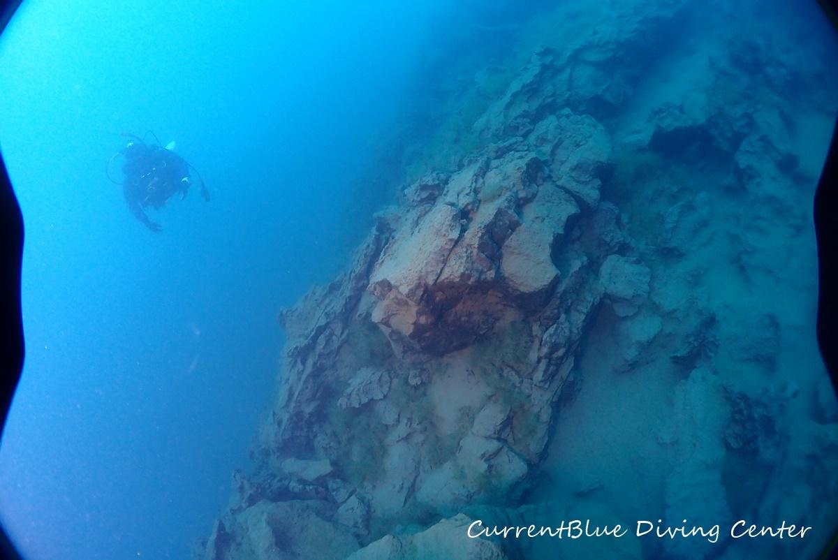 4本栖湖溶岩ダイビング,溶岩流ポイント,本栖湖ダイビング (14)