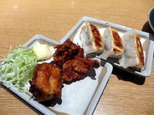 丸源ラーメン 河内天美店@01からあげ餃子セット 4
