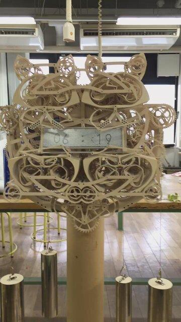 木製からくり時計