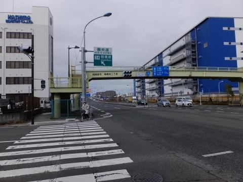 R16・大山団地入口交差点