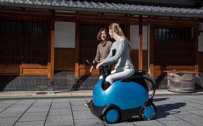 Tmsuk-experience-demonstration-robot-RODEM-can-ride-Kyoto-Uzumasa-20210308-2.jpeg