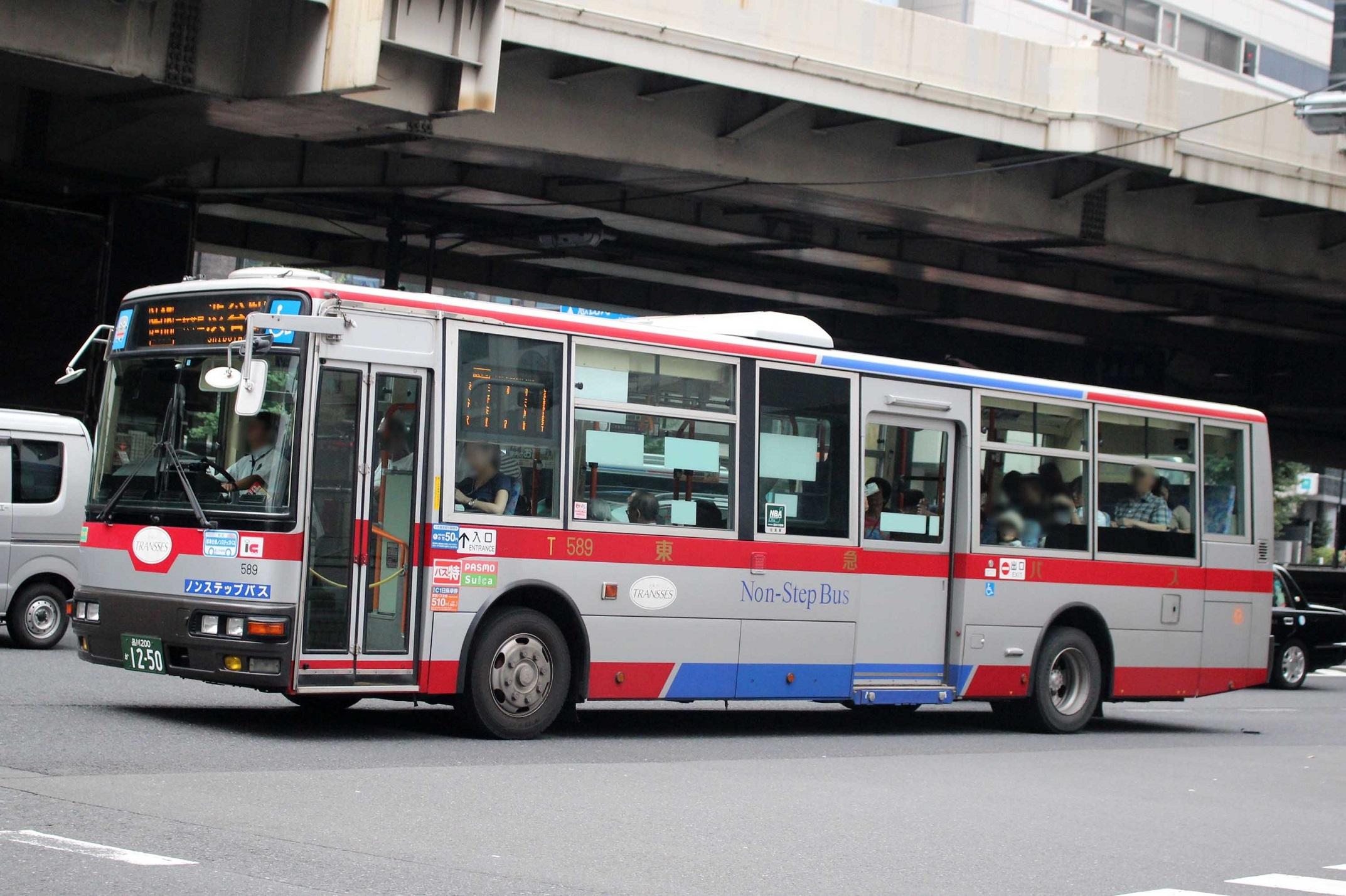 東急バス T589