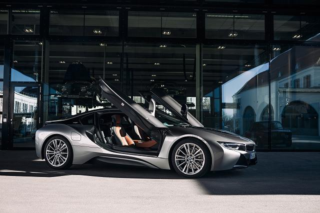 bmw-i8-from-visi (3)