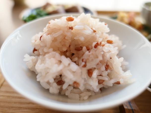 赤米入り七分づきごはん