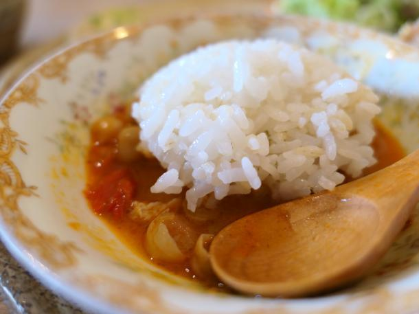 チキンとひよこ豆のレッドカレー