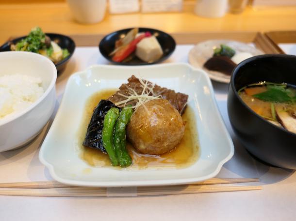 蓮根饅頭の生姜あん定食
