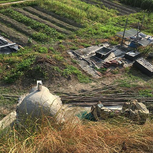 【DIY】畑にピザ窯とコンロを作る!⑥ ~ピザ窯には屋根が必要~①