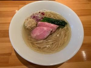 白醤油らぁ麺