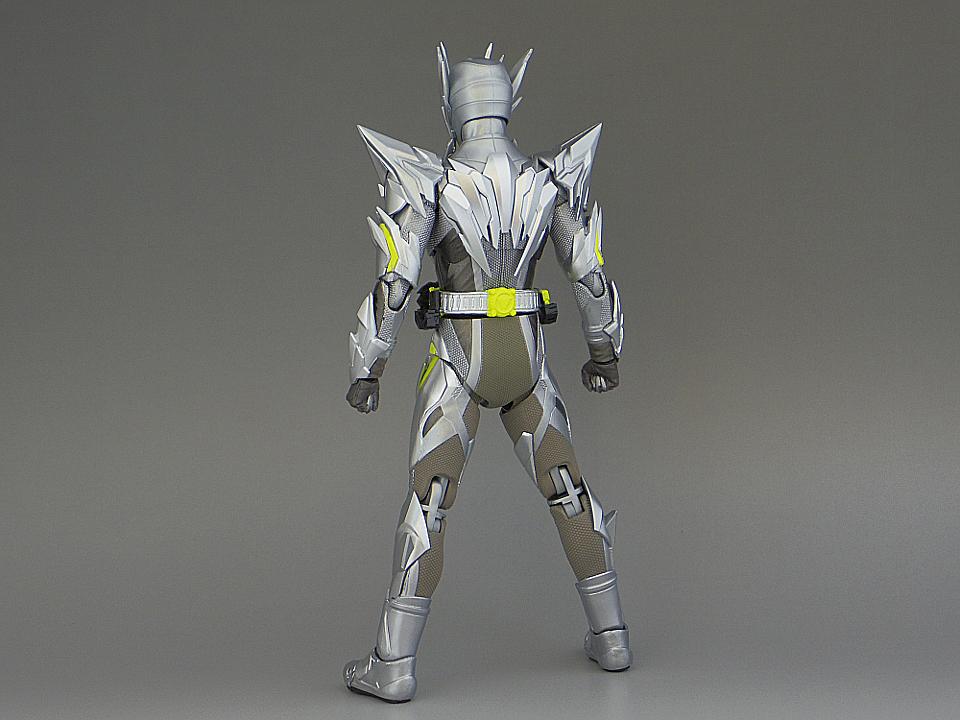 フィギュアーツ メタルクラスタ5