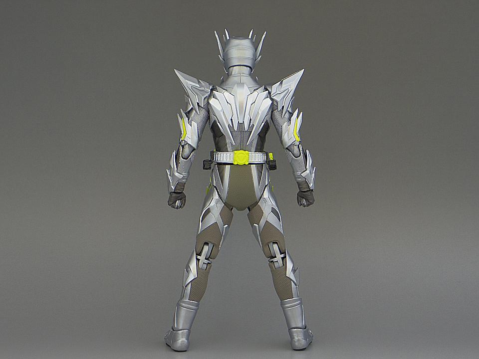 フィギュアーツ メタルクラスタ6