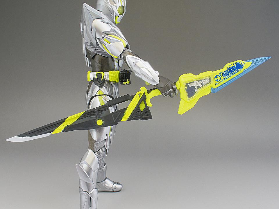 フィギュアーツ メタルクラスタ36