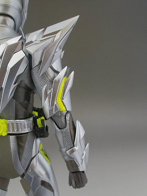 フィギュアーツ メタルクラスタ22