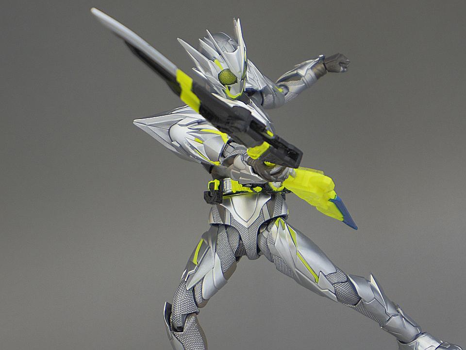フィギュアーツ メタルクラスタ72