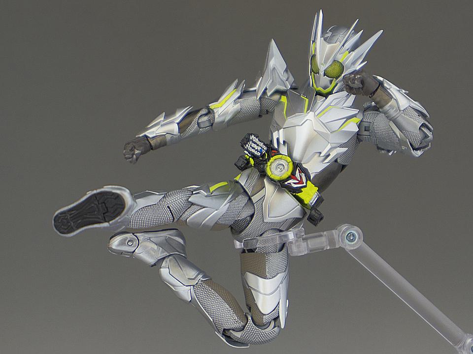 フィギュアーツ メタルクラスタ74