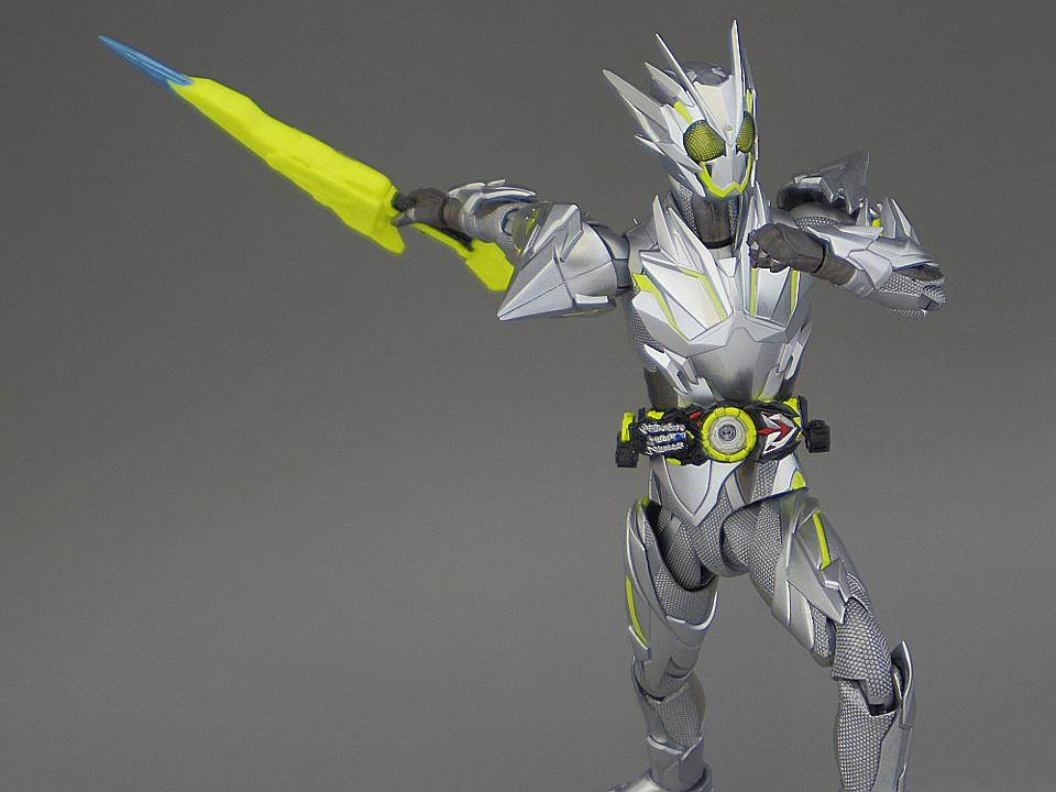 フィギュアーツ メタルクラスタ63