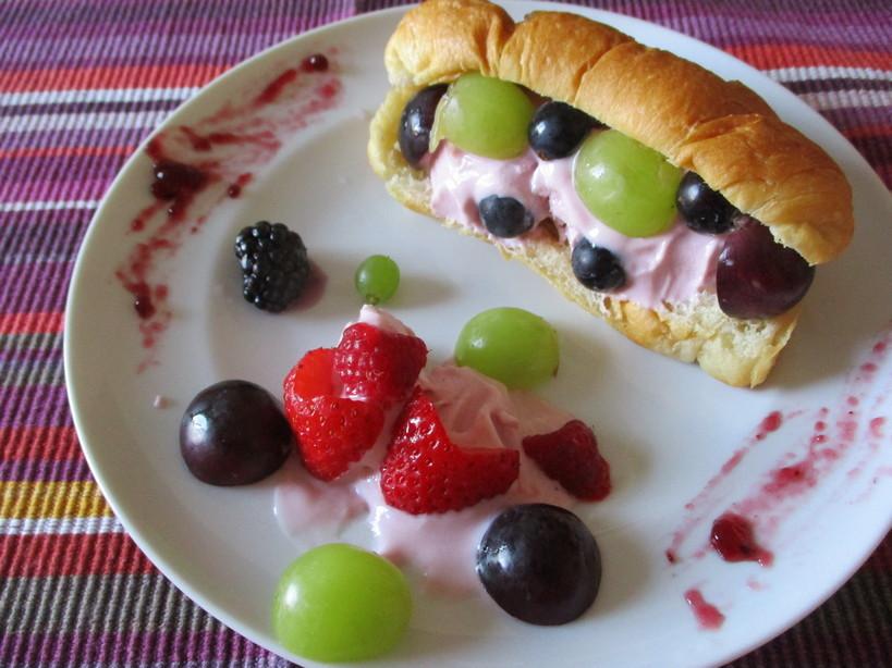 croissant_alla_ciliegia_frozen_yogurt_ciliegia2_210908