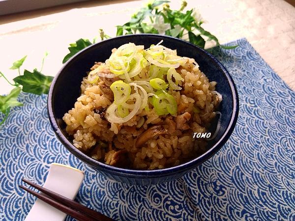 豚肉と舞茸の炊き込みご飯