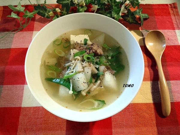 牛肉と冬瓜の韓国風スープ