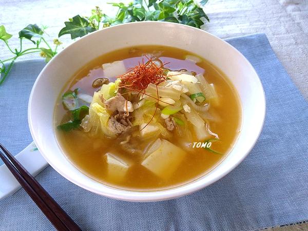 豚肉と白菜のピリ辛韓国風食べるスープ