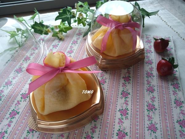 イチゴのクレープ包み