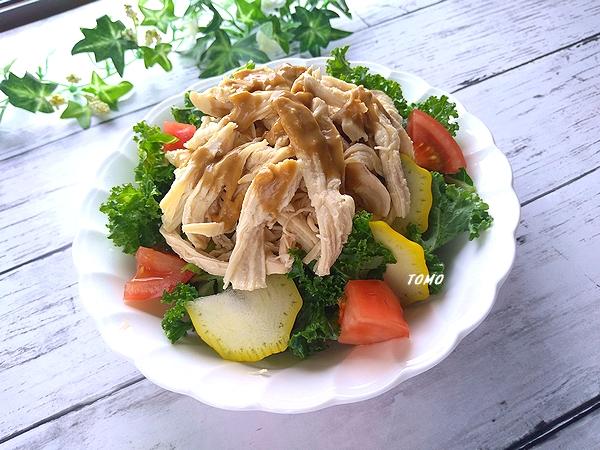 カリーノケールの棒棒鶏サラダ