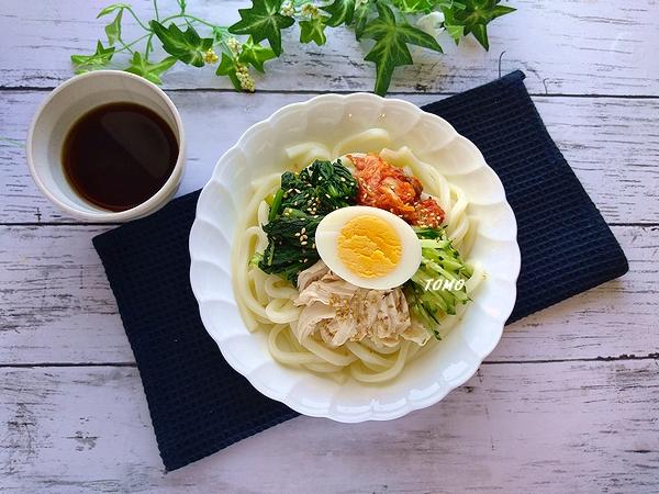 群馬県産小松菜とキムチの冷やうどん