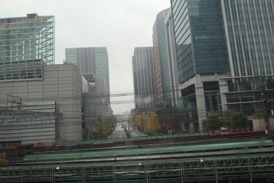 東海道新幹線の車窓から 東京