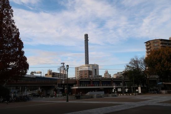 鶴舞公園と駅