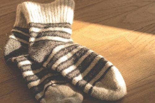 socks-1906060_960_720.jpg