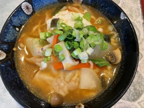 wanton ramen noodle soup