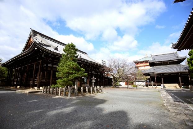 本法寺・本堂と開山堂