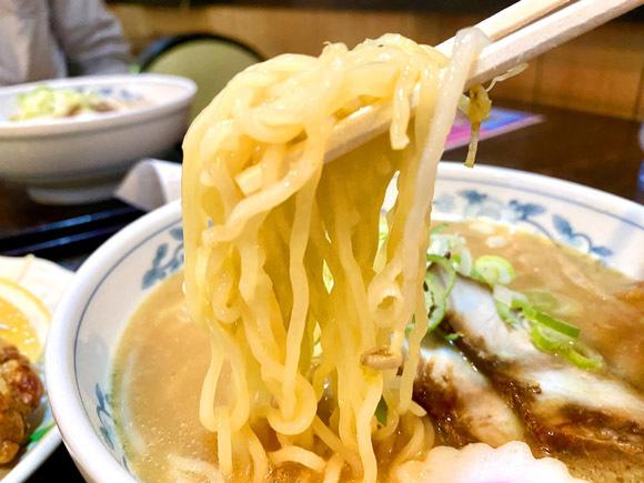 喜多方ラーメン みそ(麺リフト)