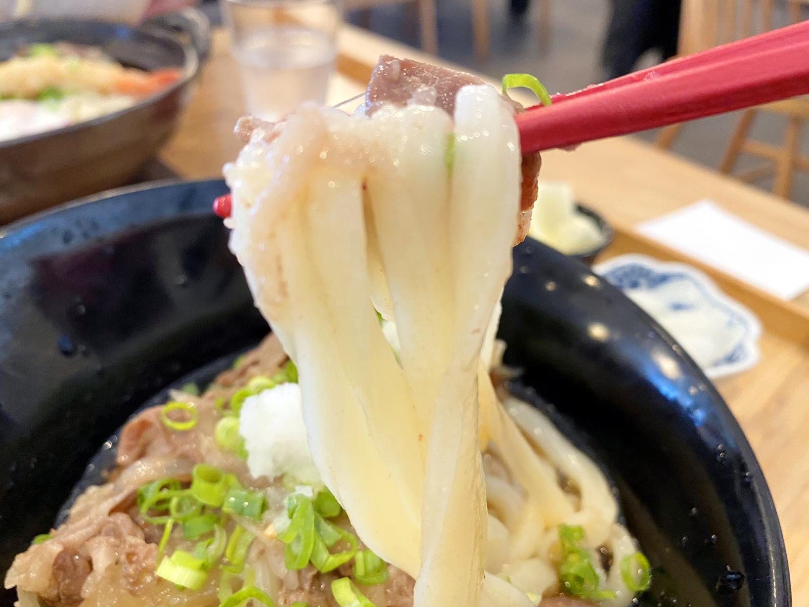 肉ぶっかけ 冷 650円(麺リフト