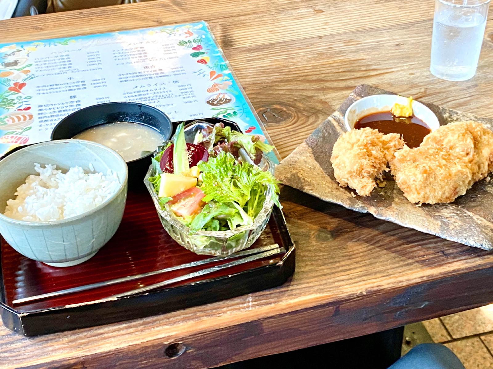 鶏のカラアゲ定食 990円