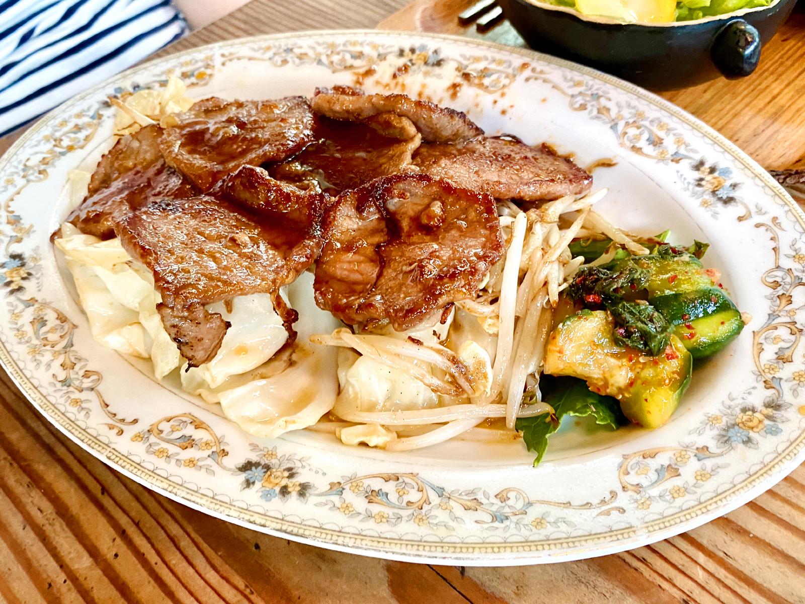 豚肉と野菜のスタミナ焼き定食 990円(メイン)