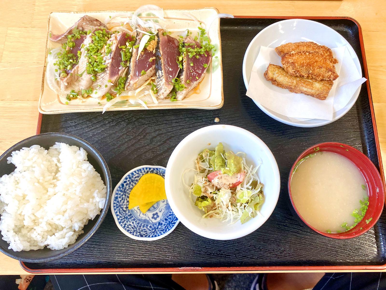 びやびやかつおたたき定食 1500円