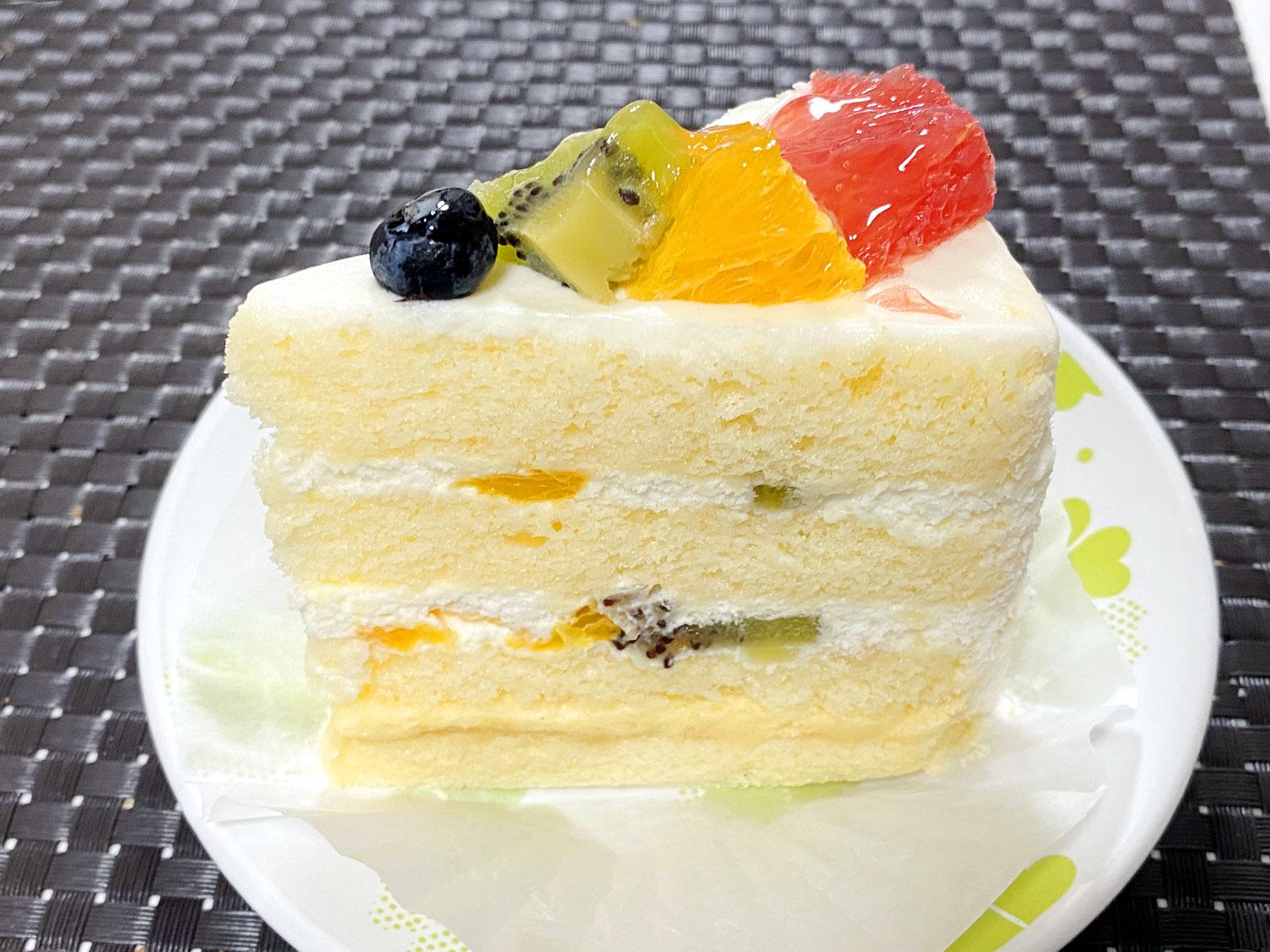 フルーツショートケーキ 420円